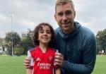 """""""Arsenal"""" 4 yaşlı uşaqla müqavilə imzaladı"""