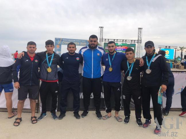 Azərbaycan güləşçilərindən DÇ-də daha 2 medal