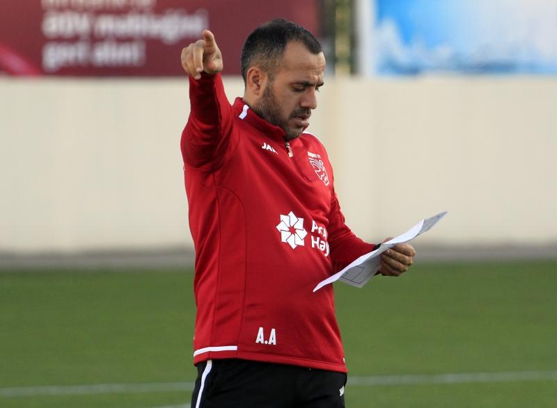Abbasov transfer etmək istədikləri mövqeləri, baxdıqları ölkələri açıqladı: